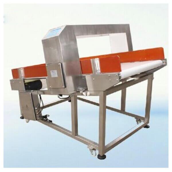 金屬探測器 2021 年 8 月 3 日 2